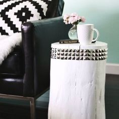 DIY Live Edge Coffee Table: update your living room this weekend by building your own trendy DIY raw edge coffee table. Furniture Making, Decoration, My Room, Living Room, Coffee, Interior, Diy, Tables, Home Decor