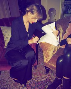 Taylor Swift: I'm proud to extend my partnership with Lucian Grainge and the Universal Music f… Taylor Swift Music, Long Live Taylor Swift, Taylor Swift Quotes, Taylor Swift Pictures, Taylor Alison Swift, Taylor Swift House, Taylor Hill, Hyde Park, Taylor Swift Songs