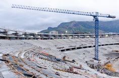 4. Reforma Estadio Maracaná con cuatro grúas torre 21 LC 400 del fabricante español Linden Comansa.   Foto: Sérgio Huoliver www.lindencomansa.com