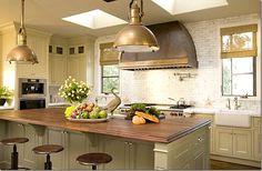 copper vent hood & tile backsplash, gorgeous