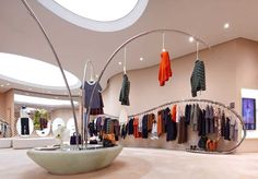 Marni has found a new home at the luxury shopping centre Deji Plaza in Nanjing with the opening of newest boutique in China. Store Interiors, Nanjing, Retail Space, Store Displays, Luxury Shop, Luxury Lingerie, Building Design, Retail Design, Store Design