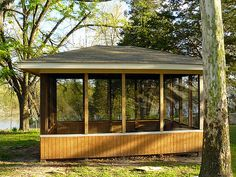 There are a variety of styles of gazebo to suit most any backyard space. Gazebo designs come in both modern, classic and Victorian-styles. Enclosed Gazebo, Screened Gazebo, Screened Porch Designs, Hot Tub Gazebo, Backyard Gazebo, Pergola Patio, Pergola Kits, Rustic Pergola, Pergola Shade