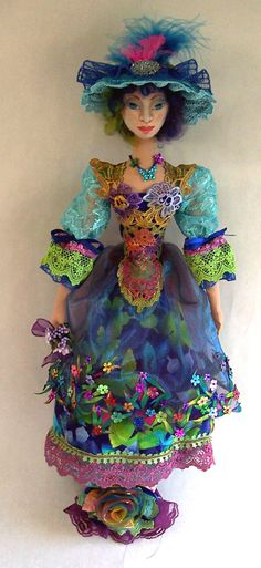 Stephanie Novatski....NovasBlossoms Fiber Arts From the Seeds of my Imagination....Love this doll maker ....