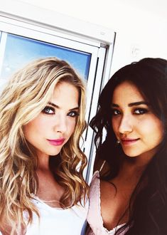 Ashley Benson (Hanna Marin) and Shay Mitchell (Emily Fields) on the set of Pretty Little Liars. #PLL