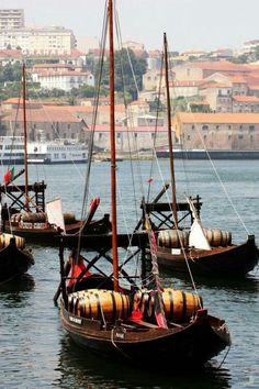 Rabelo boats, transporting Port Wine barrels in DOURO RIVIER Portugal Morehouse Morehouse Franker you will see many of these on the Douro! Douro Portugal, Visit Portugal, Spain And Portugal, Places Around The World, Travel Around The World, Around The Worlds, Algarve, Portuguese Culture, Douro Valley