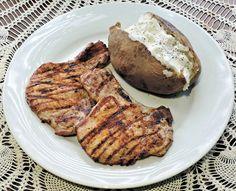 Grillreceptek.hu - Grill receptek valódi grillezéshez Recipes Using Pork, Pork Recipes For Dinner, Healthy Grilling Recipes, Supper Recipes, Pork Chop Recipes, Mince Recipes, Nutrition Education, After School, Pork Pochero Recipe