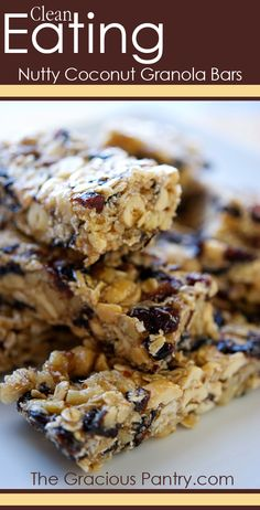 Clean Eating Nutty Coconut Granola Bars #cleaneating #cleaneatingrecipes #eatclean #healthyrecipes #recipes #snackrecipes #snacks