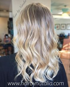 Blonde Balayage highlights. Summer is coming! Balayage in Denver. #balayage #balayagedenver #balayagehair #blonde…