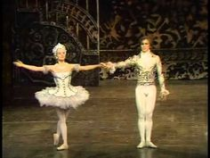 Nureyev's Nutcracker 1968- Pas de Deux - Rudolf  Nureyev and Merle Park. (pinned it before and have to pin it again! Nureyev's choreography is action-packed with steps in very single note, they were simply great together! Just mind-blowing!)