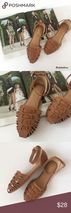 """HP 🎉 NWT. Camel colored huarache sandals HO 🎉 NWT. Camel colored huarache sandals            -1/4"""" heel                                                                                   -faux leather                                                                          -true to size                                                                              -comes in the original box                                                                       -no trades Shoes Sandals"""