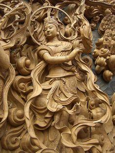 「菩薩(天女飛天)~彫刻 Sculpture」 念佛宗(念仏宗)無量寿寺 佛教之王堂  社寺仏教美術 nenbutsushu003 by artkimura, via Flickr