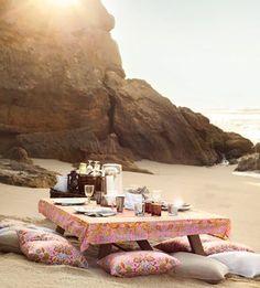 Beach picnic anyone? Soma | Summer