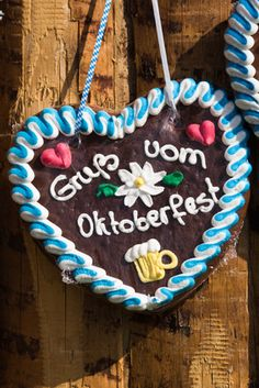 DIY Oktoberfest decorations