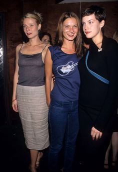 eatkate:  Kate Moss with Gwyneth Paltrow and Liv Tyler at a party at the Roxy on September 15th 1998.