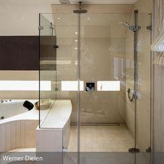 trennwand vorhang holzboden weiss lack balken dornbracht vollverglast dusche. Black Bedroom Furniture Sets. Home Design Ideas