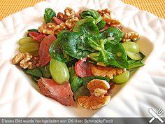 Gourmet Feldsalat mit Trauben, Schinken und Nüssen, ein sehr schönes Rezept aus der Kategorie Fleisch & Wurst. Bewertungen: 21. Durchschnitt: Ø 4,4.