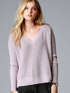 Boxy V-neck Pullover A Kiss of Cashmere