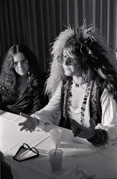 Janis and her sister
