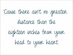 Lauren Alaina - Eighteen Inches +Lyrics On Screen
