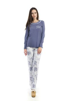 Just spotted: this floral pyjama has the whole sweet-meets-classy look! http://www.vampfashion.com/collections-mo-en/nightwear-mo-en.html #vampfashion #pyjamas #floral