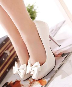 cute heels - could work for wedding, or rehearsal dinner :)