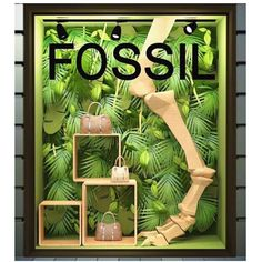 FOSSIL . . . . #windowdisplay #merchandising #amazing #sales #visualmerchandising #art #design #vm #store Gift Shop Displays, Store Displays, Retail Displays, Window Display Retail, Window Display Design, Visual Merchandising Displays, Visual Display, Retail Store Design, Retail Stores