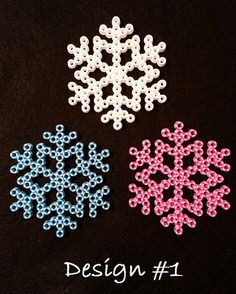 Leuke sneeuwvlokjes om te maken van strijkkralen