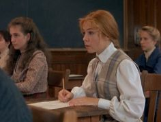 """""""Anne of Green Gables"""" was my all-time favourite children's story growing up, so enjoy this photo gallery tribute to the classic LM Montgomery characters. Road To Avonlea, Anne Of Avonlea, Anne Shirley, Jonathan Crombie, Anne Of The Island, Megan Follows, Gilbert Blythe, Cuthbert, Kindred Spirits"""