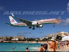Boeing 757-223 aircraft picture