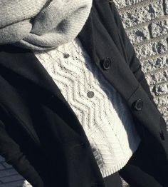 Sweater Weather  #Hvisk #Hviskstylist #Jewelry #Jewellery #Style #Stylist #Inspiration #Inspo #Art #Collage #Fashion ##OOTD #Outfit #Gold #silver #Rhodium #Diamonds #Diamond #Necklace #Ring #Bracelet #Retro #Winter