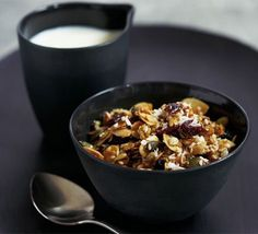 granola Good-for-you Granola Recipe. I want to eat this every day.Good-for-you Granola Recipe. I want to eat this every day. Bbc Good Food Recipes, Cooking Recipes, Bbc Recipes, Cooking Ideas, Soup Recipes, Canada Winter, Smoothies, Juice Smoothie, Dried Berries