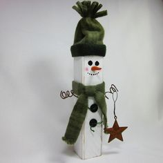 Wooden Snowman Shabby Home Decor Sage Hunter Green   #GigglesOfDelight