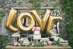 Chic #Wedding #Dessert Table Ideas. To see more wedding ideas: http://www.modwedding.com/2013/08/29/chic-wedding-dessert-table-ideas/