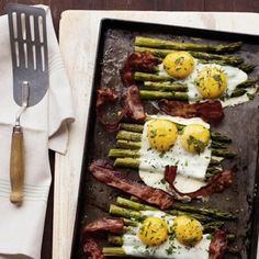 Bacon And Eggs Over Asparagus | 30 Easy One-Tray Oven Dinners