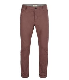 Our Filter Chino in Dark Plum makes the base for a tonal festival outfit. Make your mark this weekend, styled with one of our graphic tee's, it's the perfect outfit for the sound of the summer! Filter Chino>>