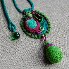 Green crochet necklace2 | Flickr - Photo Sharing!