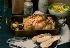 Honig-Thymian-Huhn mit Artischocken-Gemüse, Orangen-Blattsalat und Mini-Flutes