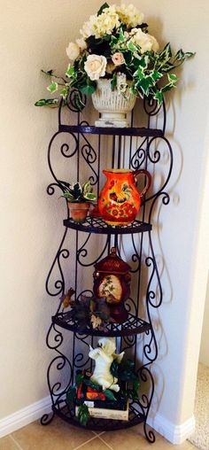 My Tuscan decor found and collected from Craigslist. The wrought iron corner… Decor, Decorating Themes, Living Room Decor Cozy, Entryway Decor, Living Room Decor, Decorating On A Budget, Tuscan Decorating, Room Decor, Wrought Iron