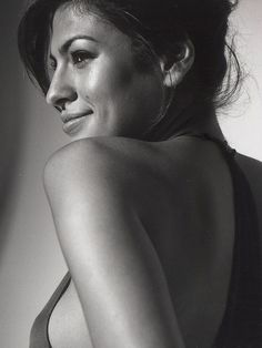 Eva Mendes.....she has always reminded me of my bff Lalis