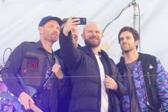 Coldplay, Couple Photos, Couples, Templates, Singers, Couple Shots, Couple Photography, Couple, Couple Pictures