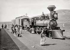 Mexican Central Railway train at station, circa 1890.