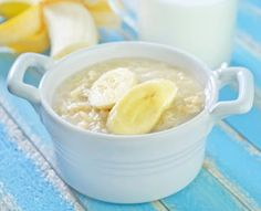 Banana Peanut Butter Oatmeal  carbs 33.7 g