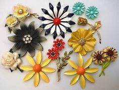 vintage enamel flower jewelry | Vintage Enamel Metal Flower Pin Brooch Earring Jewelry Lot Very Pretty ...