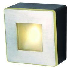 Lampa ogrodowa ścienna led Willow Plug-PlayNowoczesny kinkiet wykonany ze stali nierdzewnej. Źródłem jest energooszczędny led smd 2W o ciepłej barwie światła.  System Plug-Play umożliwia połączenie całego szeregu lamp za pomocą wodoszczelnych przewodów i złączy , które można zakopać w ziemi ( zobacz zdjęcie w galerii oraz produkty pasujące )$24