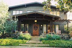 1909 craftsman style in Madison Heights on Alpine St in Pasadena