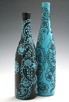 Set of 2 Hand Painted Wine bottle Vases, Turquoise and Black, Floral and Paisley Design. Wine bottle painting party, anyone? Wine Bottle Vases, Glass Bottle Crafts, Painted Wine Bottles, Diy Bottle, Decorated Bottles, Cutting Glass Bottles, Beer Bottle, Wine Glass, Perfume Bottles