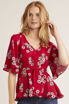 Cherry Red Flowy Floral Top - Cupcakes and Cashmere - Layered Collection Boutique Flowy Tops, Chiffon Tops, Spring Outfits, Trendy Outfits, Floral Cold Shoulder Top, Indian Designer Outfits, Beautiful Blouses, Cherry Red, Contemporary Fashion