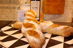 Surdegsbaguette | Fredriks fika - Allas.se Fika, Bread, Homemade, Paris, Montmartre Paris, Home Made, Brot, Paris France, Baking