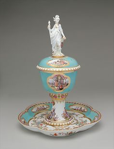 #Meissen  --  Standing Cup With Cover & Stand  --  Circa 1735  --  Metropolitan Museum of Art