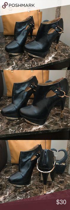 Sophia & Lee Heels Black and Gold Heels/Boots. Excellent condition. Sophia & Lee Shoes Heels
